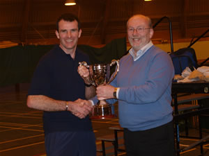 Patrick Kernan presenting the  Frank Powell Memorial 680kgs  Open Cup to the TINTO coach in Perth